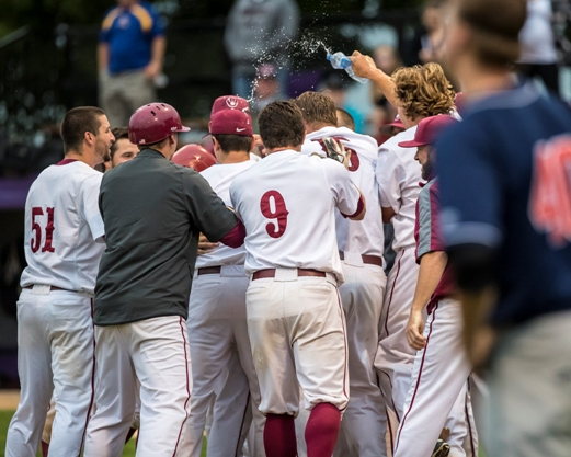 walkoff home run to win game at 2017 mn state class b tourney